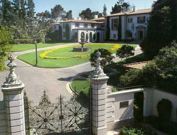 The Owlwood Estate in Holmby Hills Calif. 3 Owlwood Estate in Holmby Hills is Pocket Listed for $150 Million