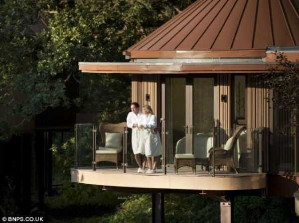 Balcony of the Tree House Tree House Suites at Chewton Glen Hotel