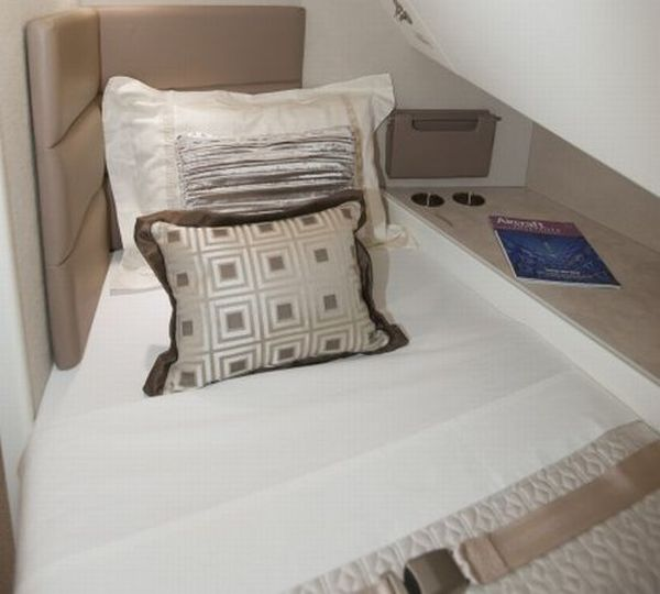 Fully Flat Beds in the Aeroloft Aeroloft on Boeing 747 8 Adds Almost 400 Sq Ft of Luxurious Space