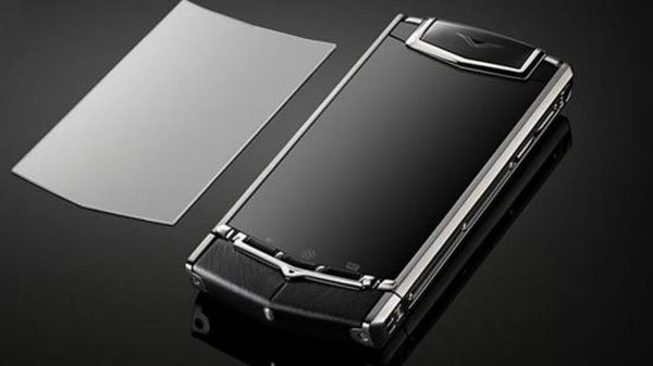 Vertu Ti Powered by Android