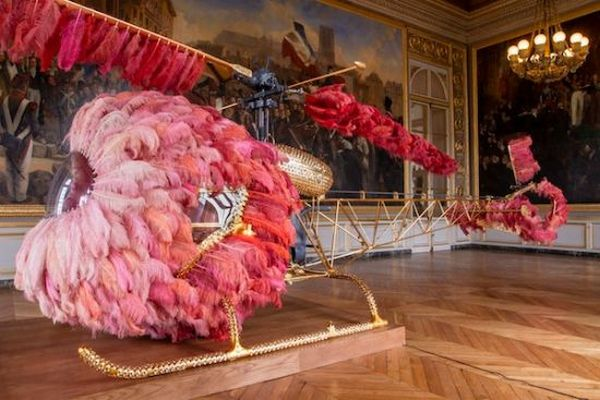 gilded pink_helicopter_lilicoptere