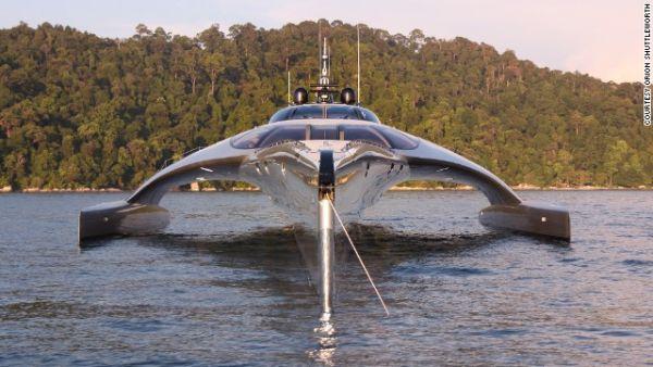 Adastra Super Age Yacht