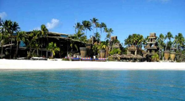 The nygard cay beach resort declared the most expensive for Most luxurious beach resorts in the world