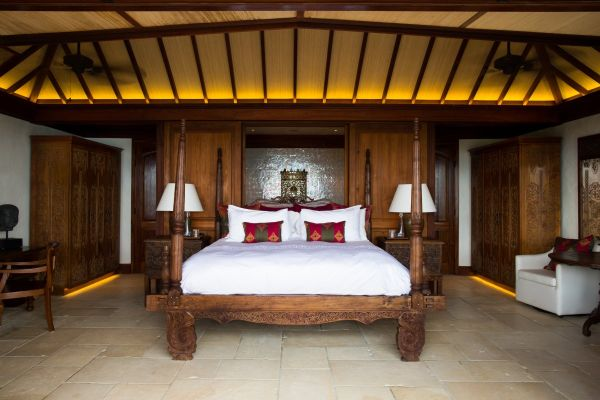 richard branson private island bedroom