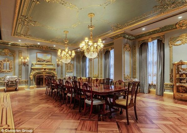 The Dining Room Inspired by Palace of Versailles