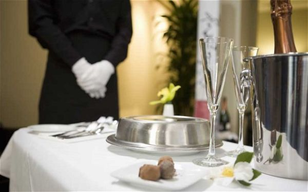 Room Service in Luxury Hotels