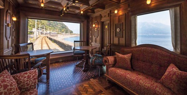 The Seven Stars of Kyushu has just 14 suites in its seven carriages