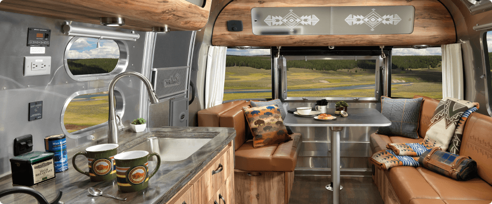 airstream-pendleton-limited-edition-interior-2
