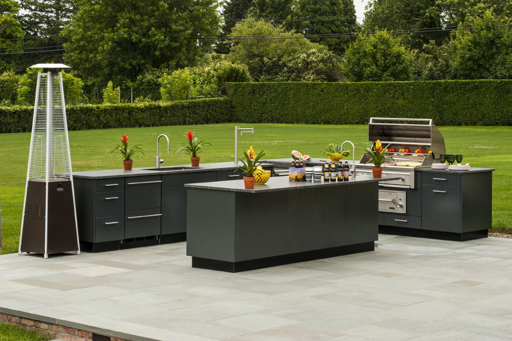 Why You Should Consider Getting an Outdoor Kitchen